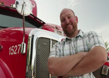 careers_truck_still_img